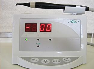 初期虫歯(CO)を調べる装置